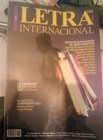 Letra Internacional 104