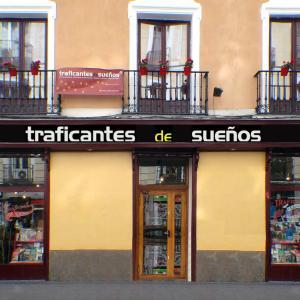 libreria_traficantes_de_sueños_fachada